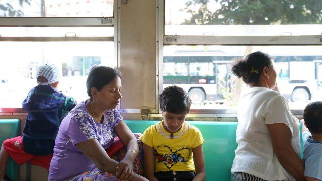 【ミャンマー】ヤンゴン環状線(電車)の乗り方・行き方【観光スポット】