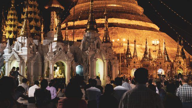 【ヤンゴンの】スーレーパゴダを写真で振り返る【観光ランキング1位】